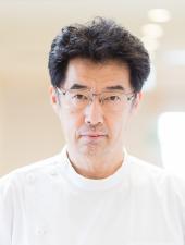 安達 永二郎